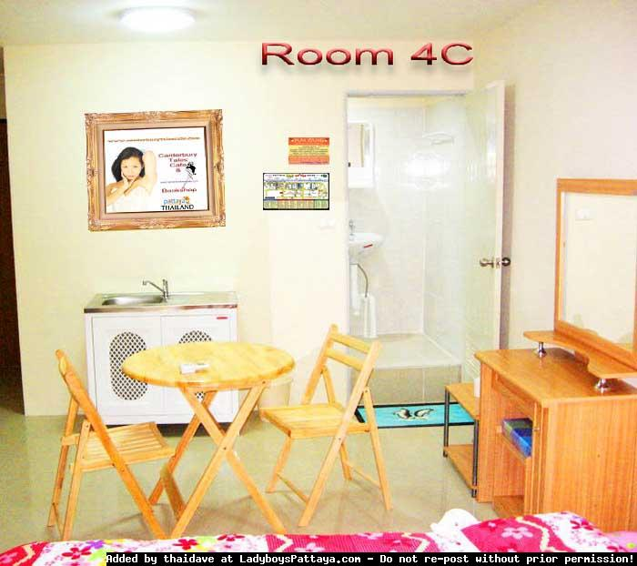 Room 3 (33a3) copy copy copy.jpg
