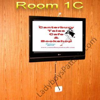 Copy of TV Trev room 1 (4) copy.jpg