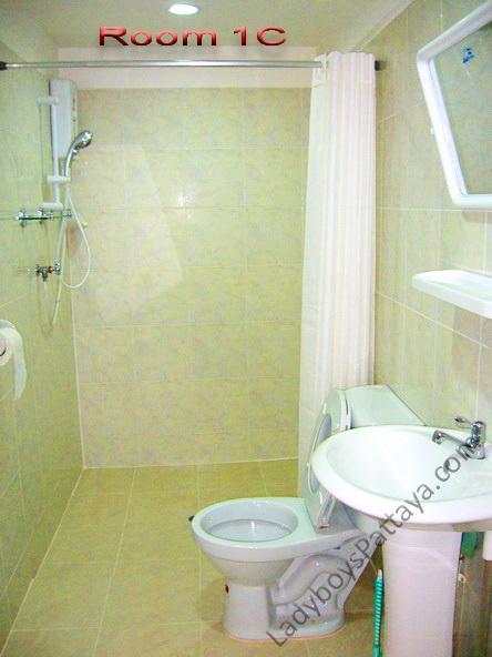 Copy of Trev room 1 (5).jpg