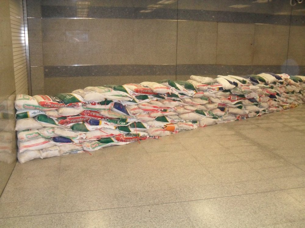 Sand Bags after the Floods at Bangkok underground Station.jpg